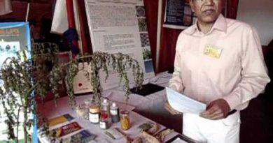 Moringa pakistan kissan growth enhancer shahzad basra.AVI