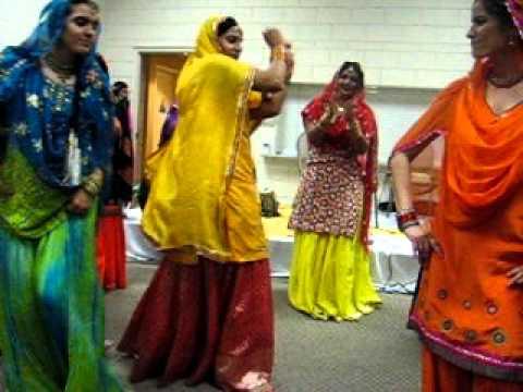 Gidha. Girls best folk dance.avi